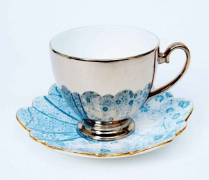 R-Brendon-blue-scalloped-saucer